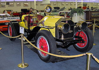 1916-AUTO-AMERICAN-LA-FRANCE-SPEEDSTER-330px