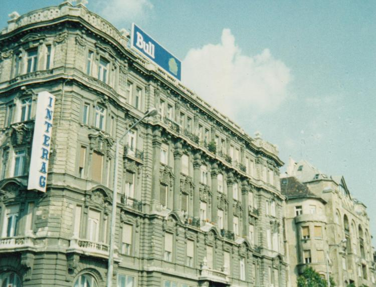 1994-BULL-OFFICE-BUDAPEST-A_0001